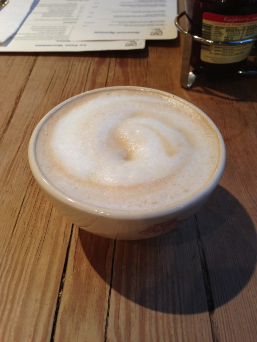 Latte at Le Pain Quotidien